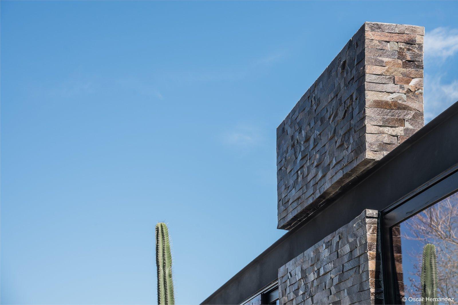 Steel Detail  Casa Kalyvas by Taller de Arquitectura