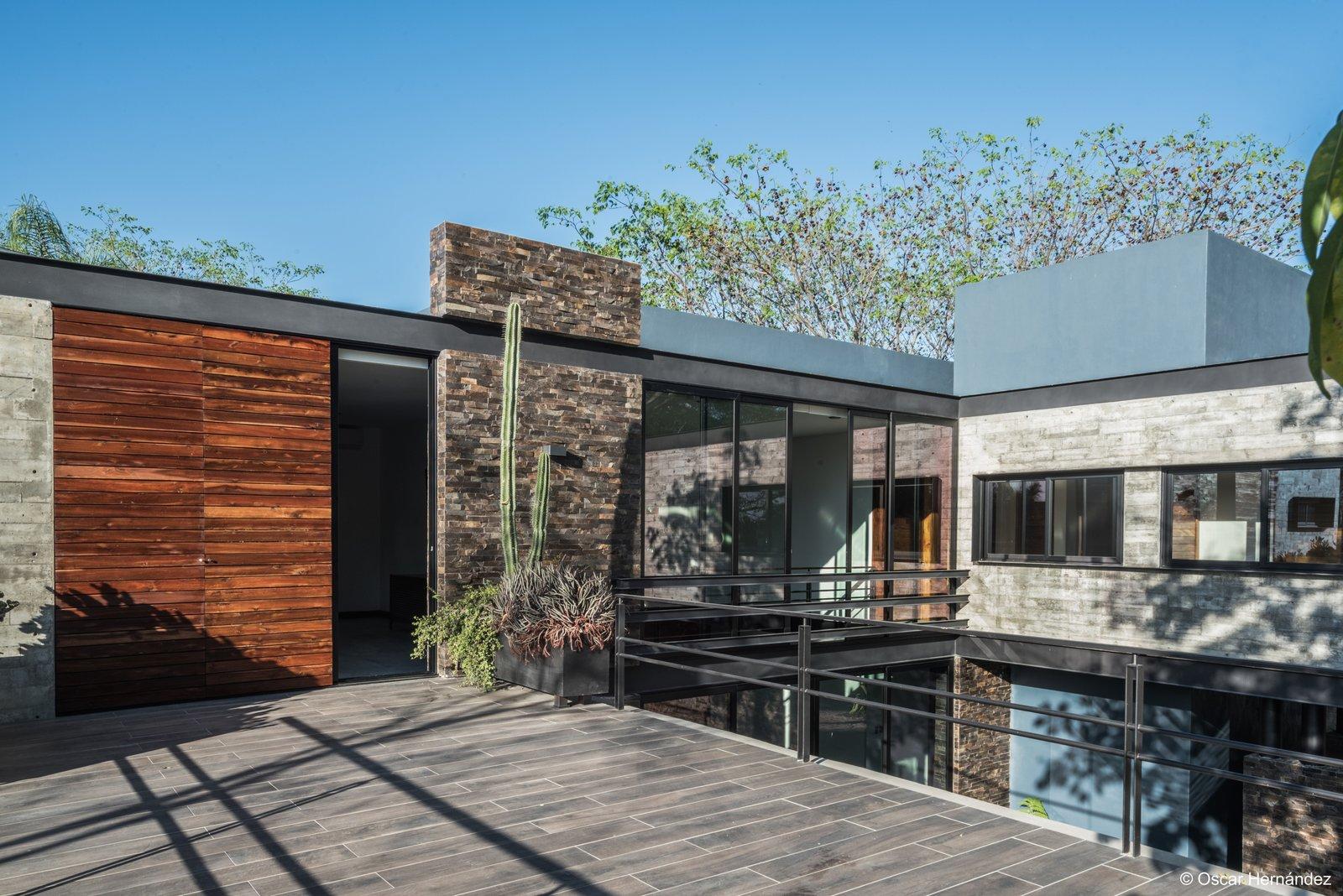 Terrace  Casa Kalyvas by Taller de Arquitectura
