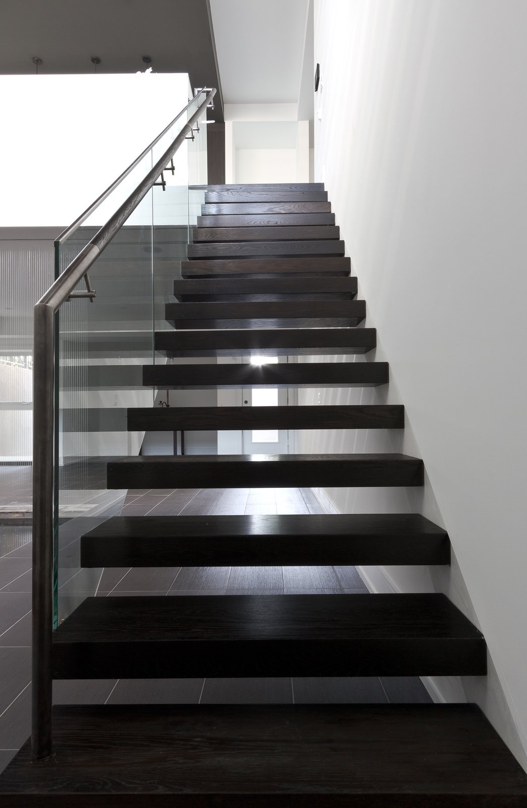 staircase  5/6 House by rzlbd