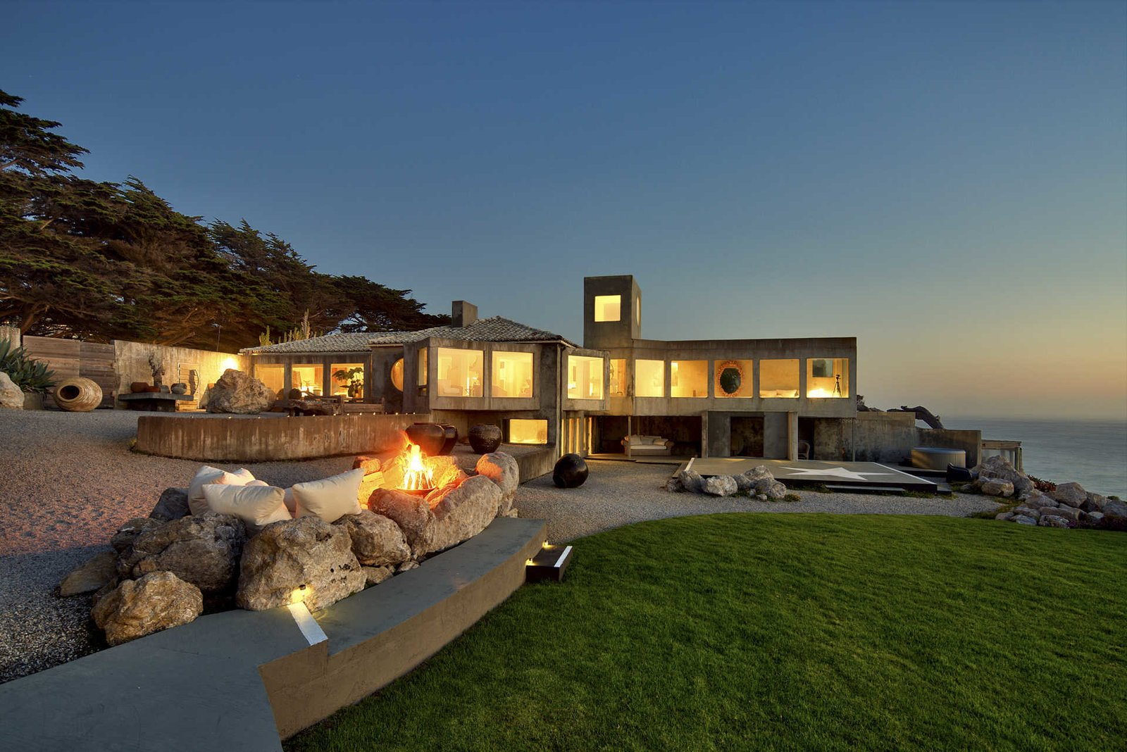 Oceanfront Sanctuary The California Coast Modern Home Dwell