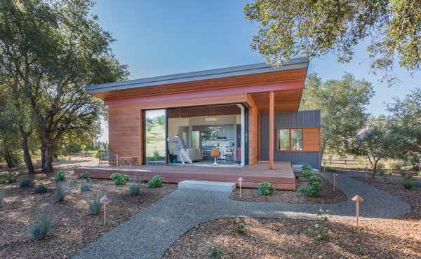 Daniel J. Strening designed the Accessory Dwelling Unit to provide additional space for extended family. The team used a simple palette of materials and soft edges to blend the building into the landscape.