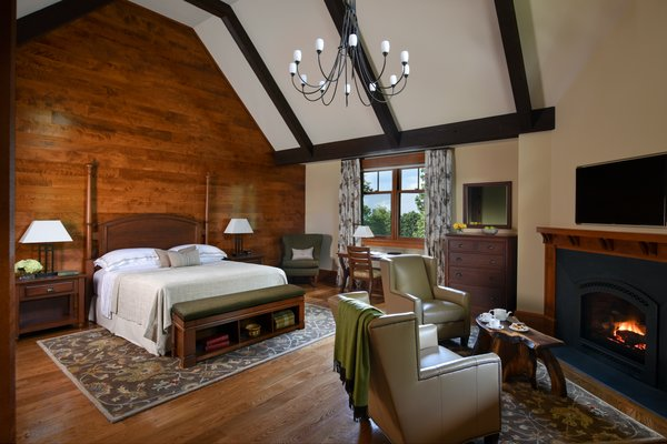 Photo 3 of 5 in Grove Lodge at Mohonk Mountain House by AJA