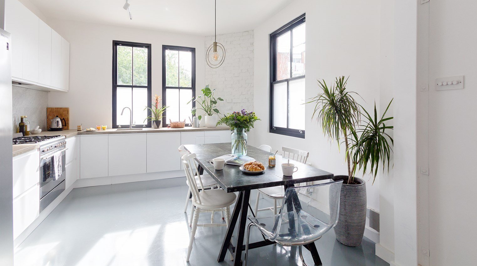 A refurbished townhouse in Bethnal Green, an area with an increasing number of restaurants, bars and vintage shops, The Old Eastender has plenty of natural light, a bright an airy kitchen and bedrooms with warm wooden floors.  Photo 2 of 10 in Soak Up the Creative Vibes of London's East End at One of These Rental Homes or Hotels