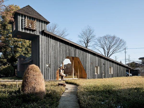10 Striking Homes Featuring the Japanese Art of Shou Sugi Ban : japanese-style-homes-in-america - designwebi.com