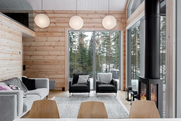 Available in sizes that range from 872-square-feet to 1,076-sqaure-feet, Iniö makes for a spacious holiday or permanent residence.