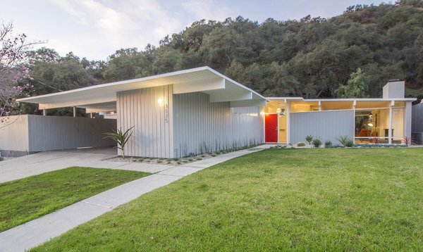A Meticulously Updated Midcentury in L.A. Asks $1.49M