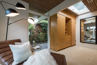 Skylights enhance the indoor/outdoor feel.