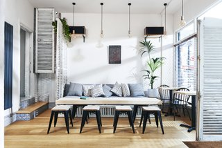 Taking inspiration from travels to exotic locales, and the conviviality of the expatriate lifestyle, this establishment is Stoke Newington has hints of Asia and the Mediterranean in its design.