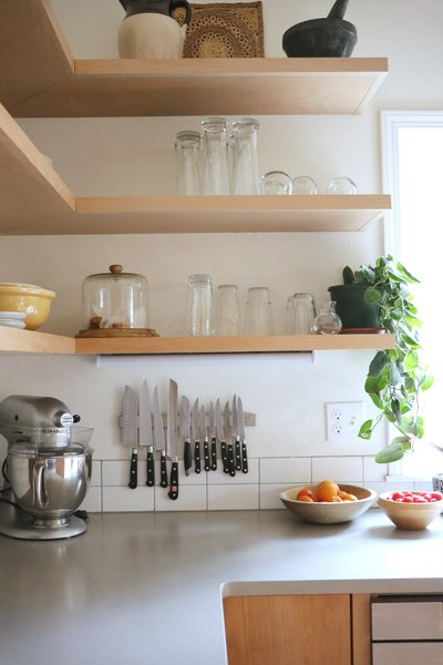 Modern and durable open shelves.