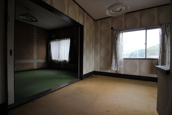 Before the renovation, the bedrooms lacked light and felt cramped.
