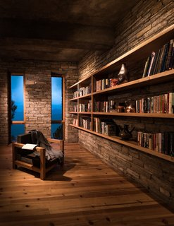A peaceful library offers a moment of contemplation in an inspiring environment. All the buildings of the Kumaon are equipped for rainwater harvesting with a drainage system that brings collected water from the roofs to a large holding tank at the bottom of the site.