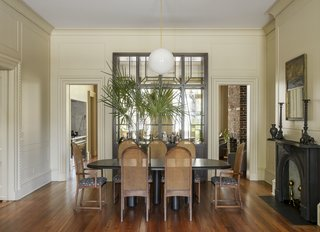 The dining area is located in the drawing room on the first level.