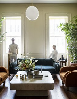 Here are the masterminds behind this renovation, Robert Highsmith and his wife, Stefanie Brechbuehler—co-founders of Workstead.