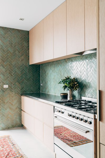 Kitchens design and ideas for modern homes living 5 artisan tile companies that can elevate your home solutioingenieria Choice Image