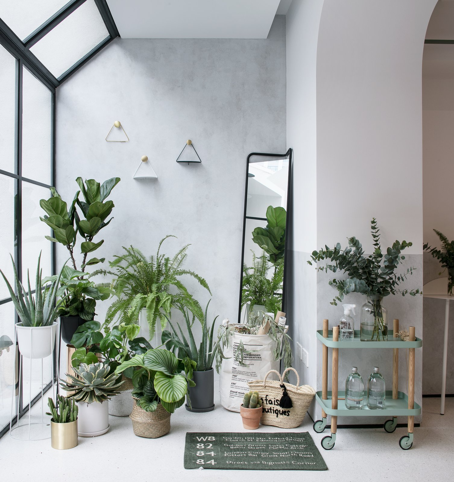 45 Modern Pots And Planters To Instantly Upgrade Your Greenery Dwell