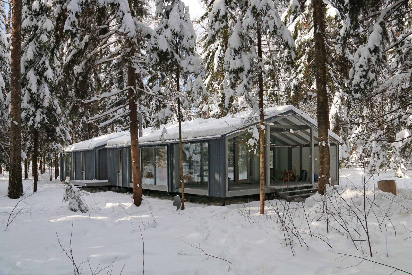 Exterior, Gable RoofLine, Prefab Building Type, and Cabin Building Type This 1,109-square-foot model has four to five bedrooms.  Photo 18 of 22 in DublDom Prefab Homes Can Be Built in One Day