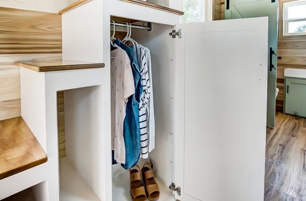 Under the steps are built-in storage spaces.