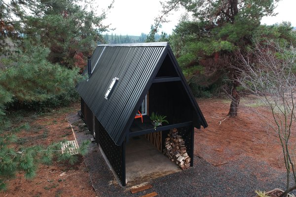 A Patagonian Prefab Cabin Is Built to Withstand Volatile Climates