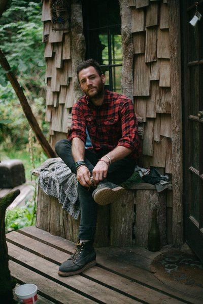Jason Witzling first fell in love with cabin life when he was 16 years old.
