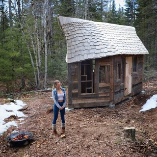 Witzling's life partner, model and actress Sara Underwood, explores Cabin 4.