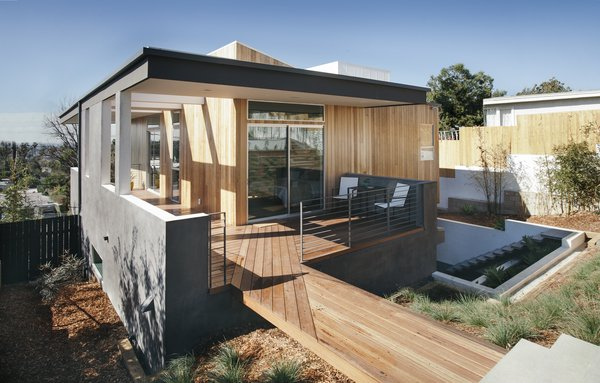 """We wanted to 'cap' the dwelling with a generous, almost sweeping canopy that would keep the majority of the high sun exposure areas in shade. We also played with the roof volume to break free from the constraints of a typical 'box modern' home,"" says Pande."