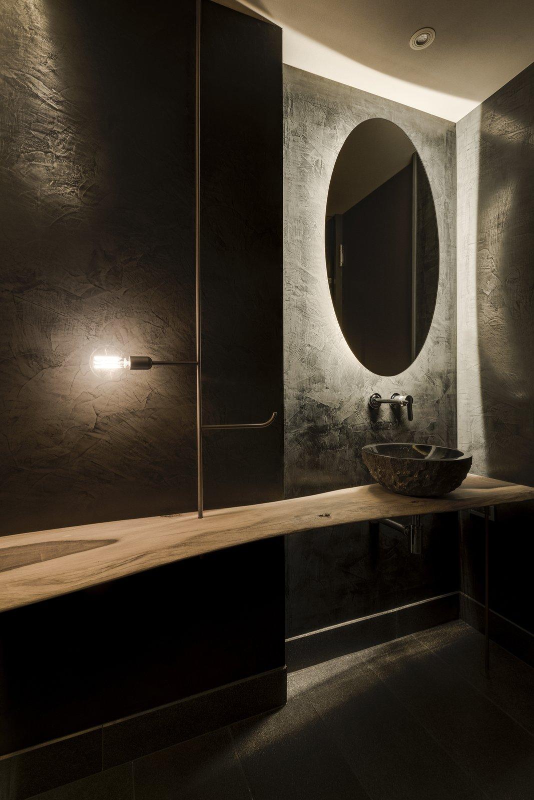 wabi-sabi bathroom