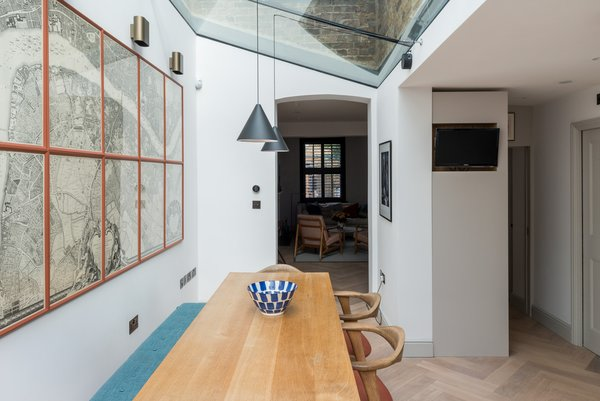 The pitch of the roof of the new addition was left exposed to create a more voluminous feel.