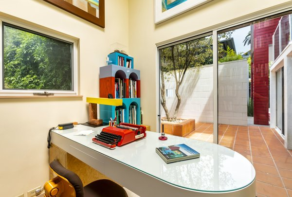 Modern Office Design Inside Doublepane Windows With Uv Film Are Located In The Groundfloor Study Area Best 60 Modern Office Design Photos And Ideas Dwell