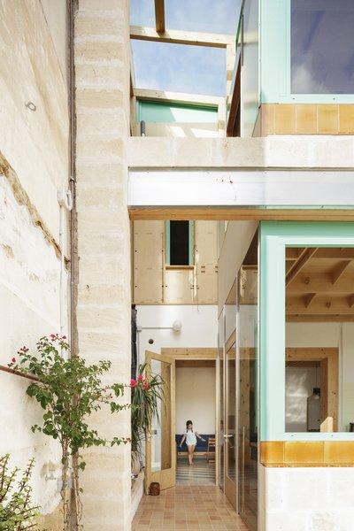 Best 6 Modern Hallway Terra Cotta Tile Floors Design Photos And