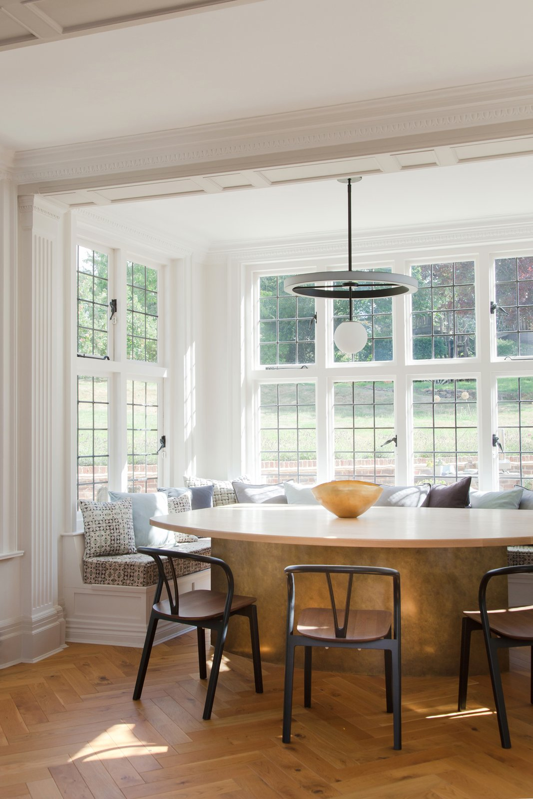 Photo 8 Of 16 In An English Arts And Crafts Home Becomes Delightfully Modernized Dwell