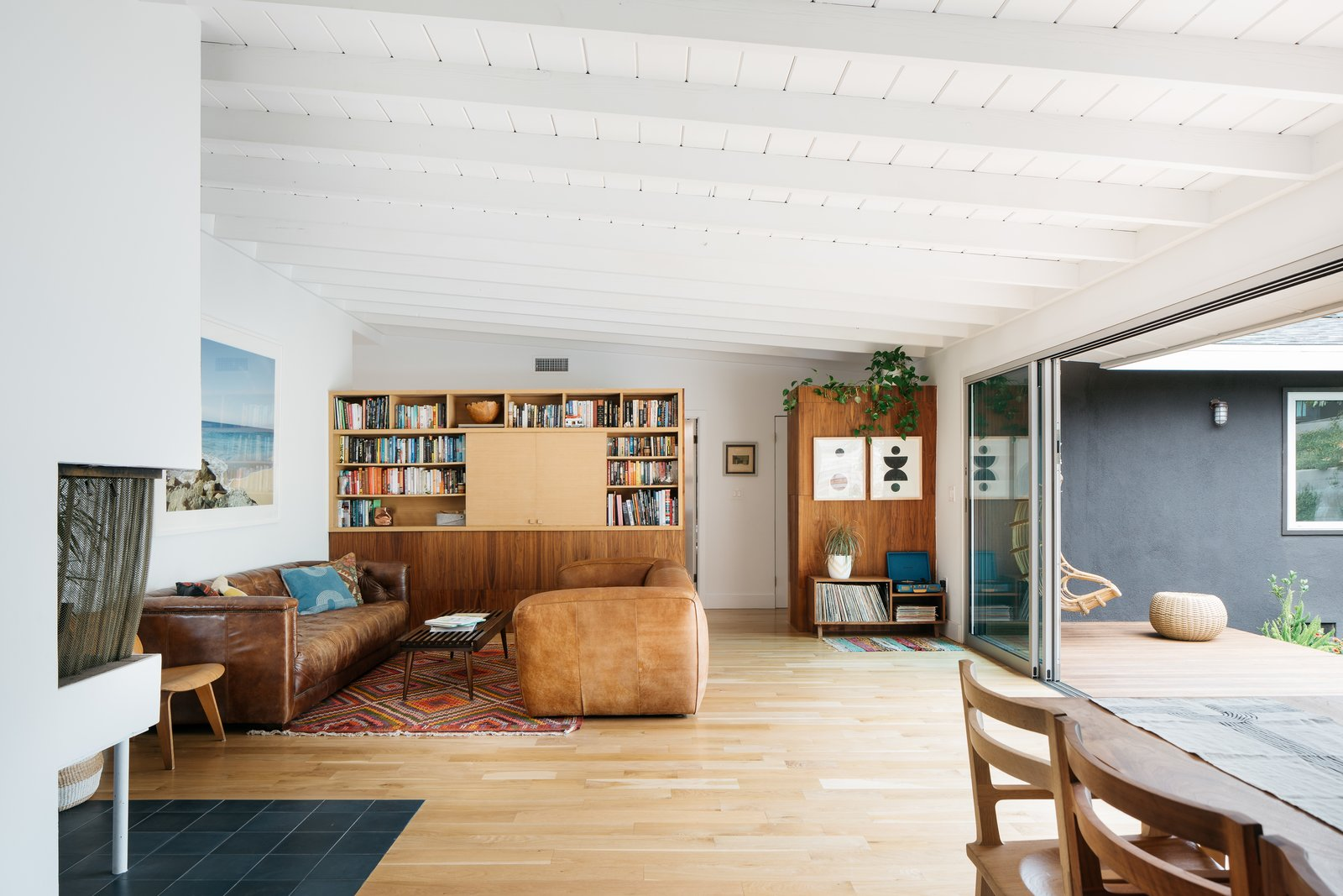 Image of: 19 Laudable Midcentury Modern Renovations In Los Angeles Dwell