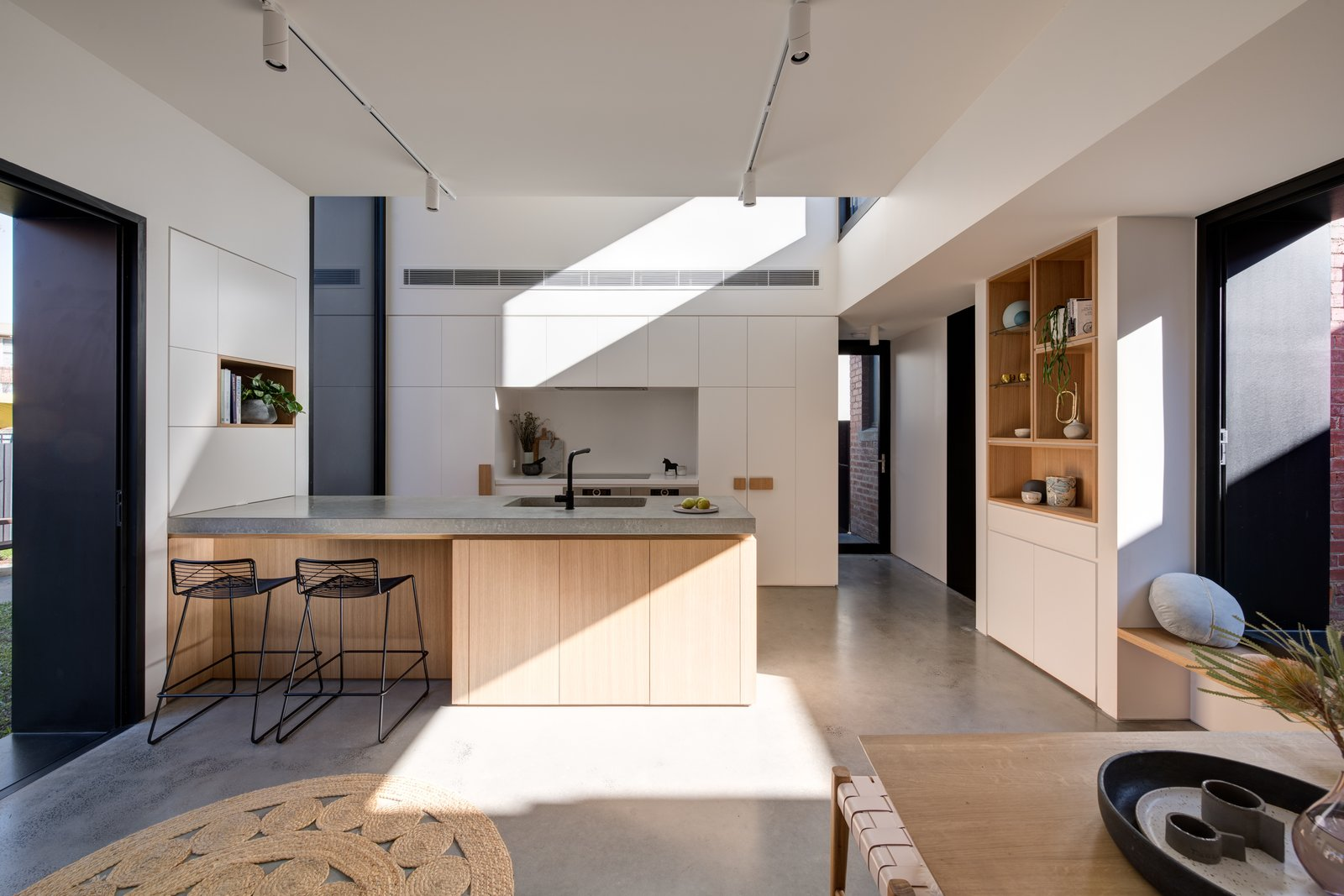 Tetris Extension kitchen with polished concrete floor