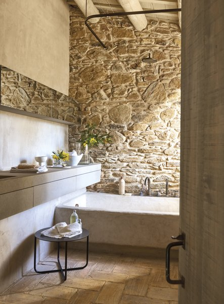Beau Best 5 Modern Bathroom Stone Slab Walls Soaking Tubs Design ...