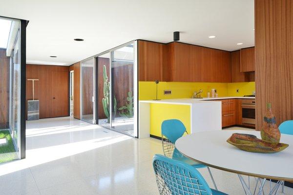 Best 9 Modern Kitchen Linoleum Floors Cooktops Design Photos ...