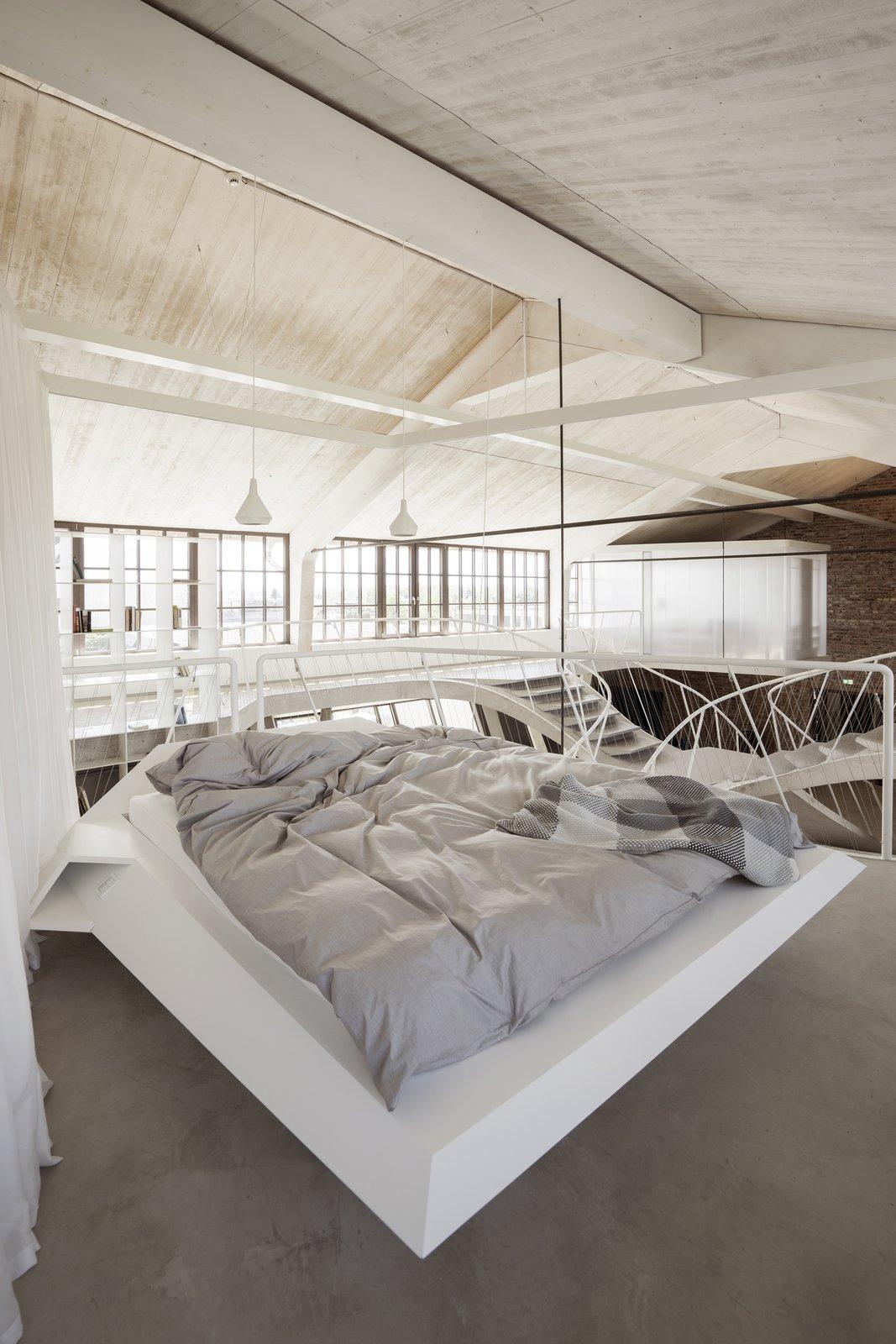 Loft Panzerhalle bedroom