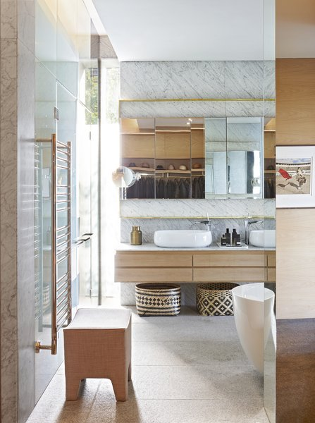 Exquisite Bathrooms supplied the sanitary ware and chromeware.