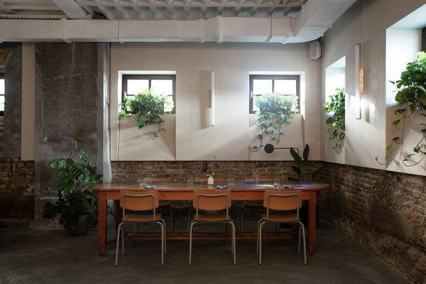 A corner table at Beliy Shum restaurant.