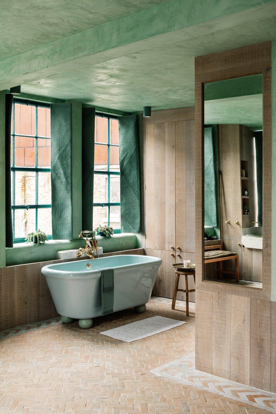 The Beldi Chan + Eayrs bathroom