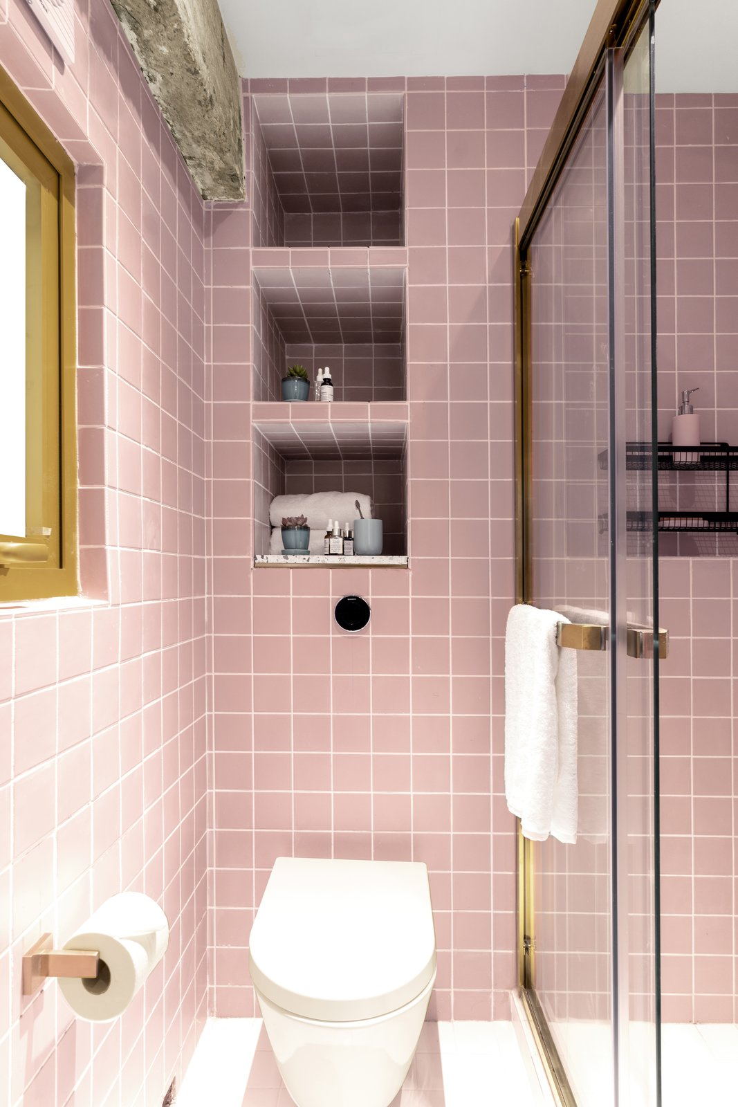 The Nate bathroom with pink tile