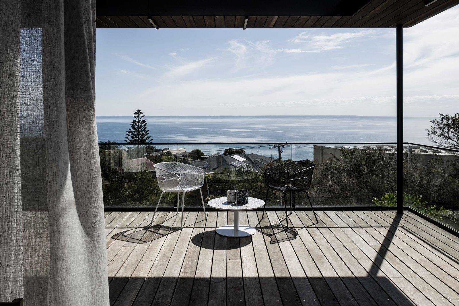 Two Angle House deck