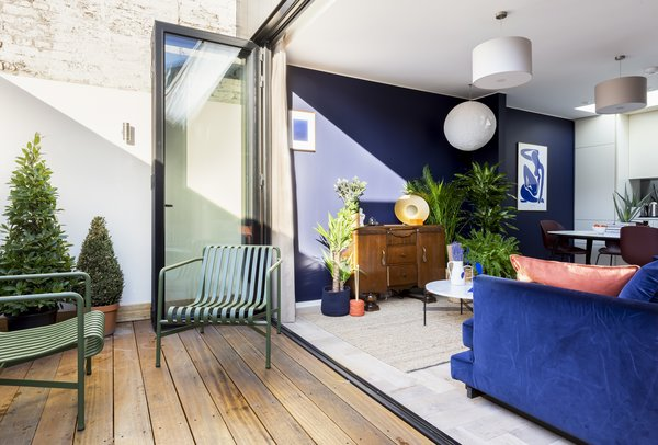 Natural light brightens the living areas when the glazed doors to the terrace are opened.