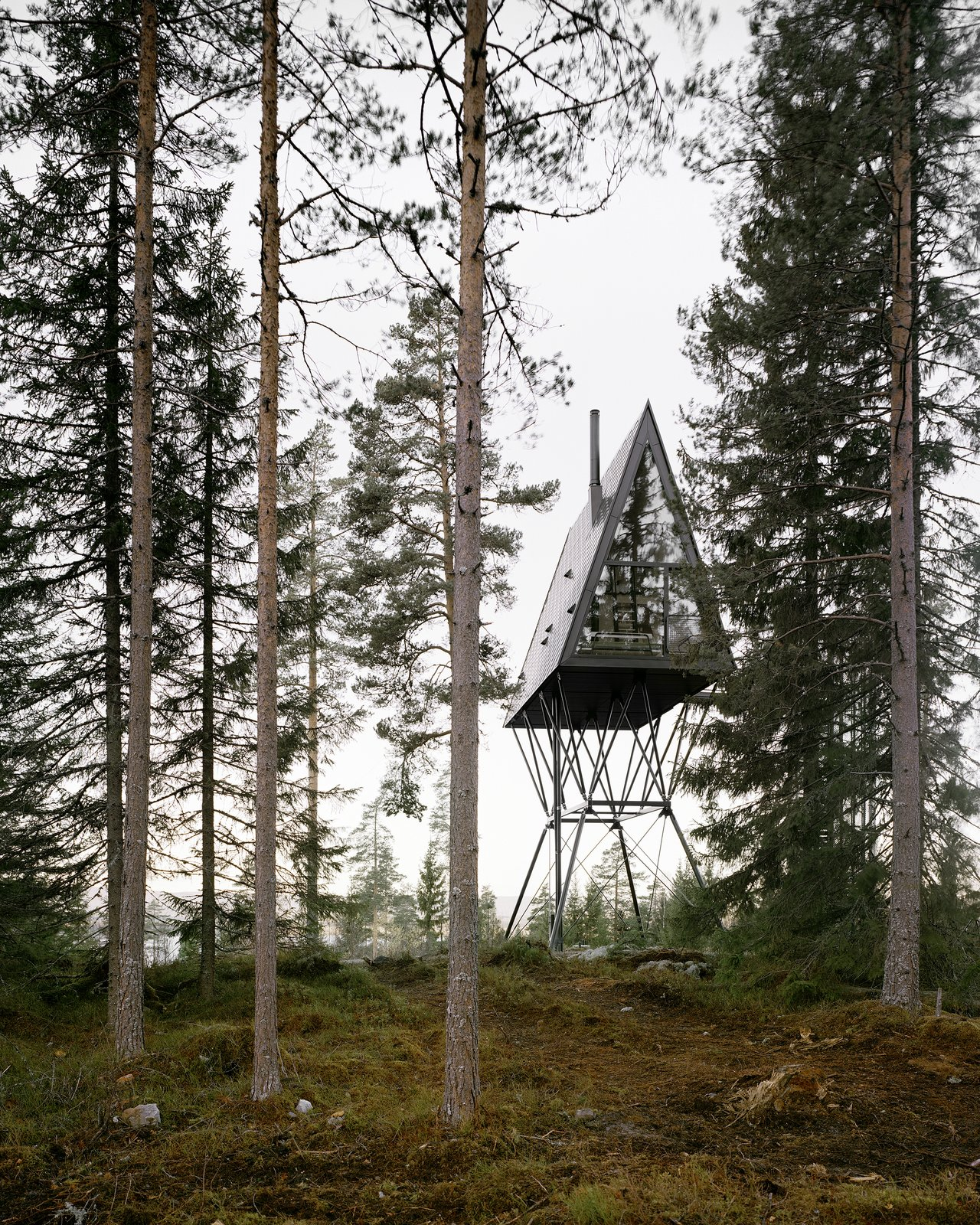 These Nordic A-Frame Cabins Offer Thrilling Treetop Views
