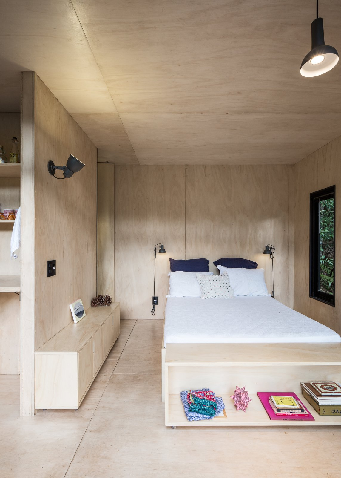 Chalet M plywood bedroom