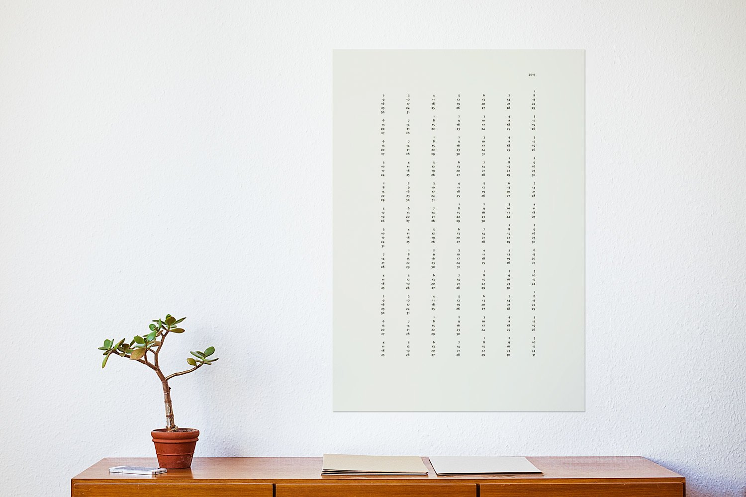 The minimalistic calendar consists of  7 columns and 12 rows.  Best Photos from »Nummern« Calendar