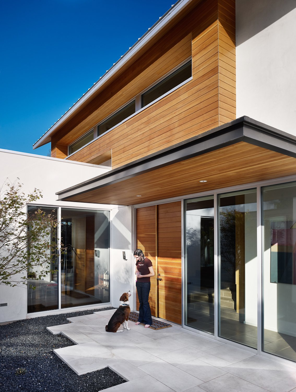 Entry courtyard  Vance Lane Residence