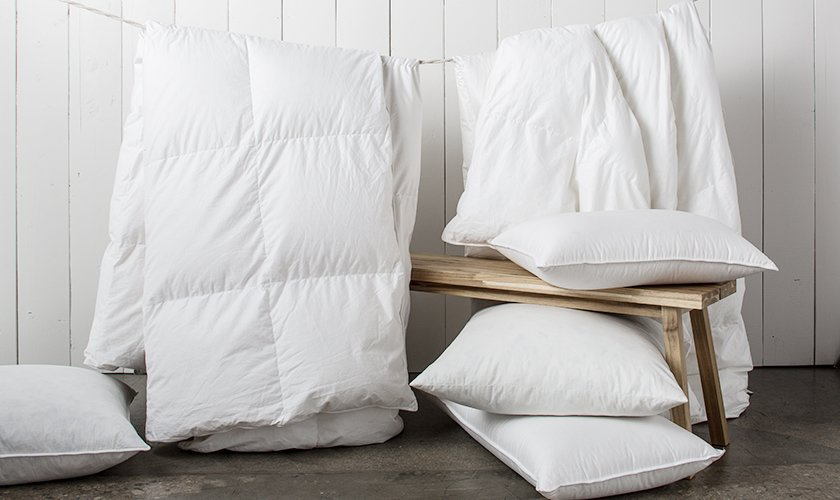 Duvet inserts are either baffle box or sewn-through, capturing and lofting the filler to keep you warm—and your duvet fluffy.  Photo 4 of 7 in How to Care for Your Bedding