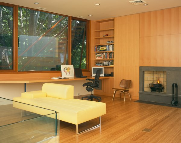 The renovated Copper House by Charles Rose Architects charmingly pays homage to midcentury sensibilities.