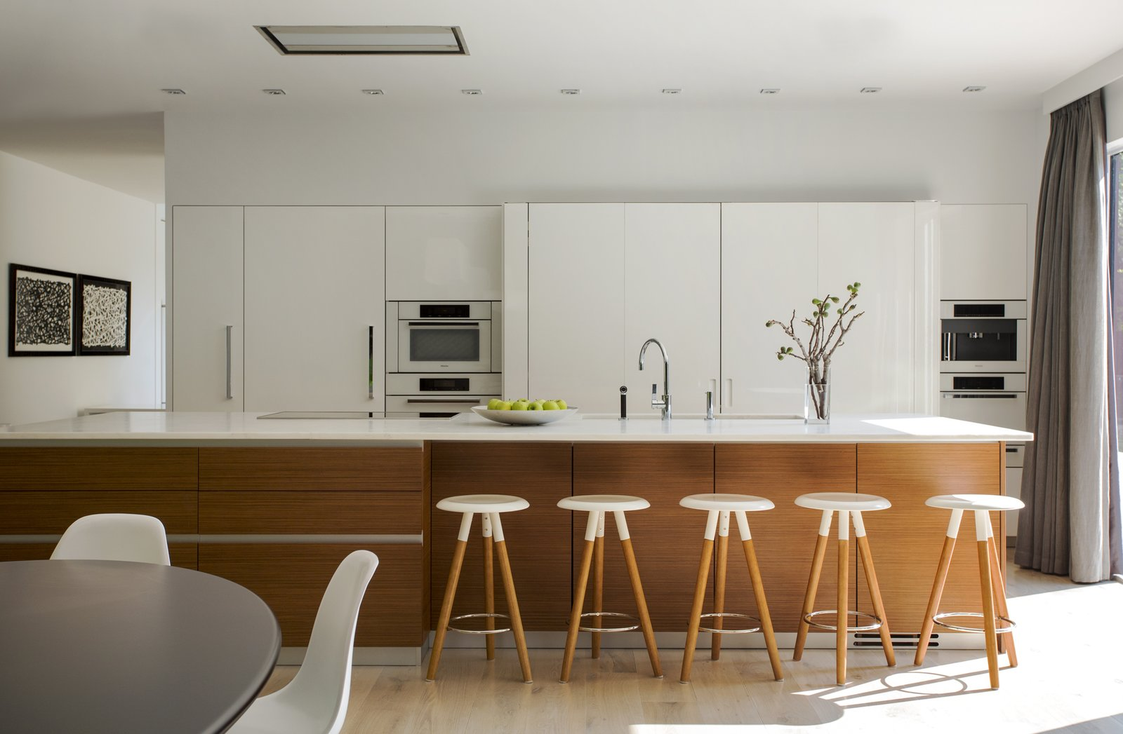 Ledgewood- Kitchen  Ledgewood by LDa  Architecture & Interiors