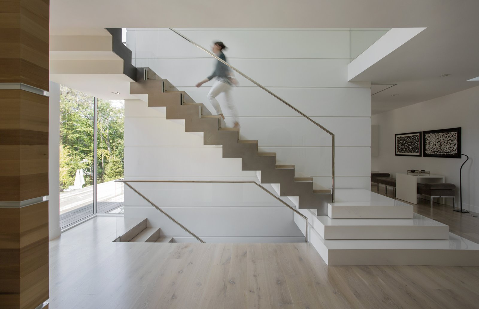 Ledgewood- Staircase  Ledgewood by LDa  Architecture & Interiors