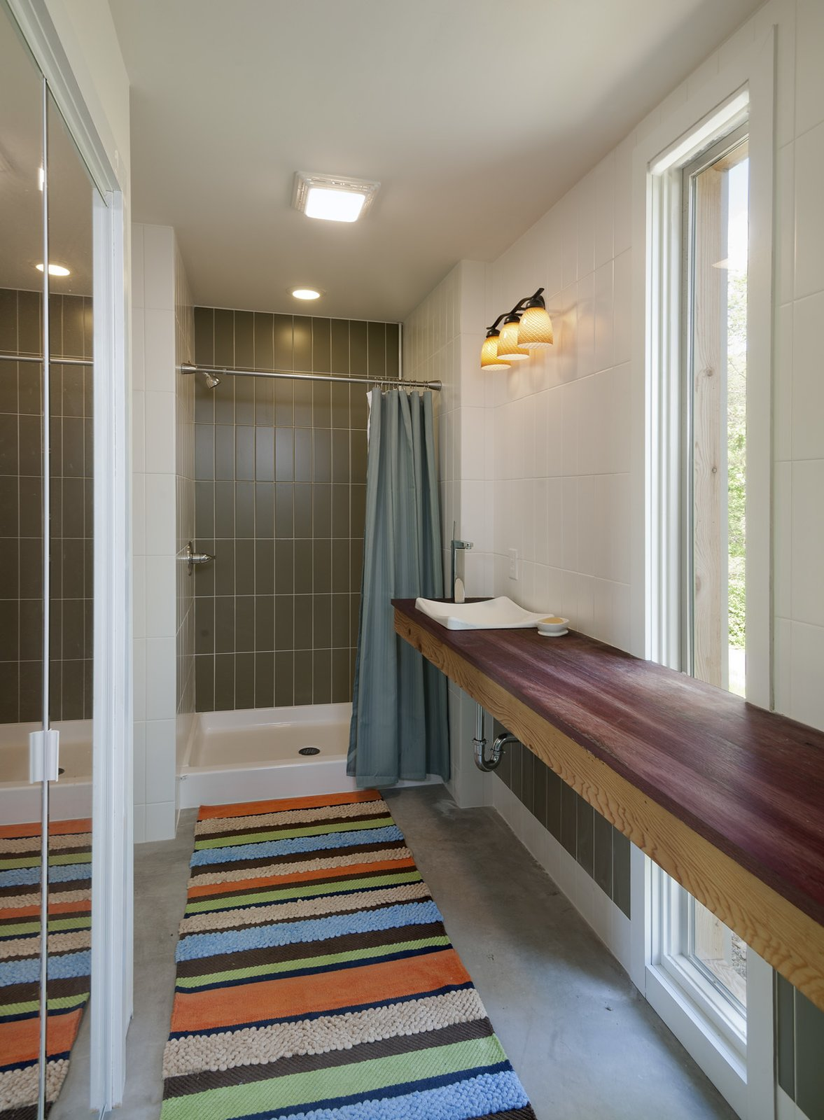 view of master bathroom  Ridge House by GriD